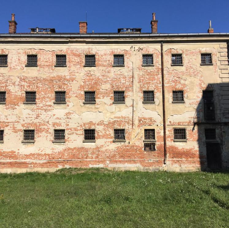 Tam, kde stála šibenice. Uherskohradišťská věznice se promění v památník obětí totalit